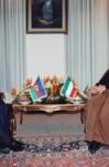 مصاحبه آیت الله  هاشمی رفسنجانی با خبرنگاران رسانههای مختلف ایران و آذربایجان